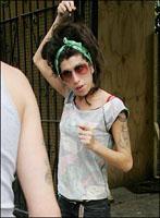 Amy Winehouse in ziekenhuis opgenomen