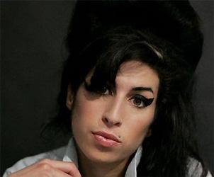 De beroemde AmyWinehouse-look